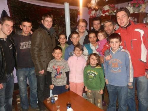 partenaire et organisateur du séjour humanitaire d'étudiants français